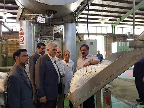 بازدید سر زده مدیرکل استاندارد استان اصفهان و هیئت همراه